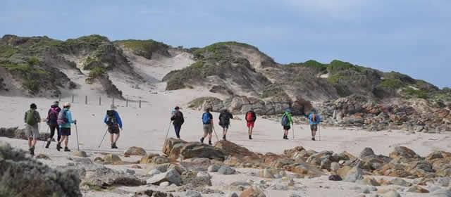 Hike to Shark Point -640