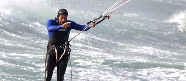 22.10 kite surfing-640